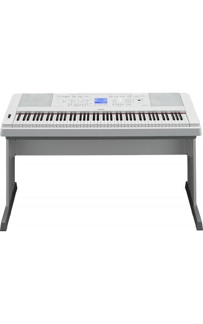מסודר ELVIS אלביס כלי נגינה - פסנתר חשמלי YAMAHA DGX-660WH GD-38
